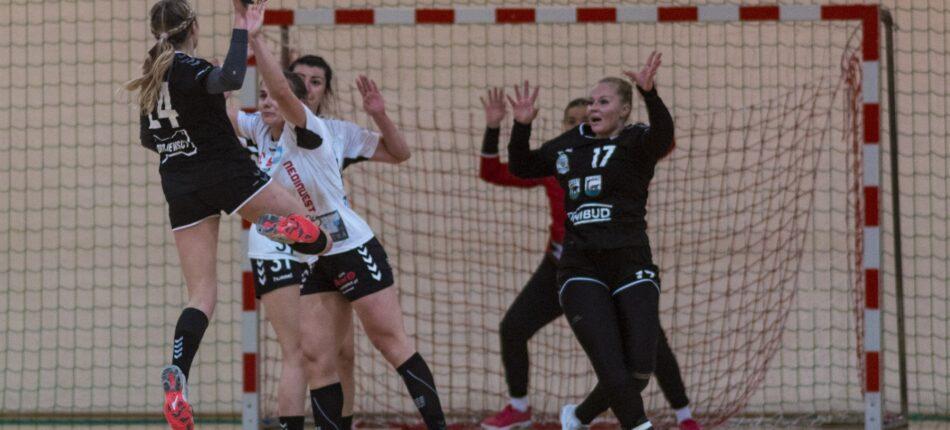 KS Kościerzyna – MMKS Jutrzenka Płock 32:24 (19:13) – piłka ręczna, I liga kobiet, grupa A, sezon 2020/2021