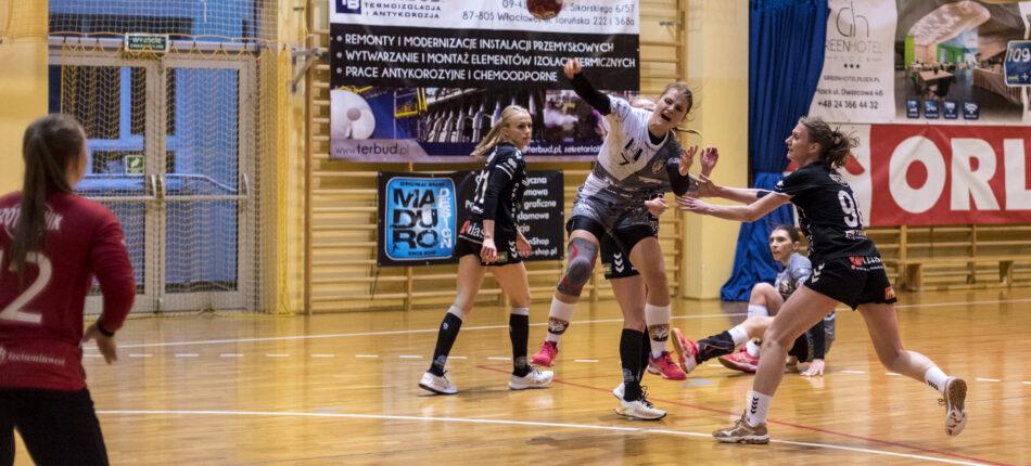 MMKS Jutrzenka Płock – MKS PR URBIS Gniezno 20:29 (13:15) – piłka ręczna, I liga kobiet, sezon 2020/2021
